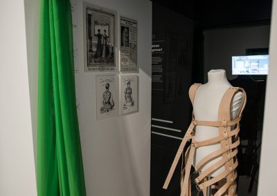 uni-form_Ausstellung Foto: Christoph Leip